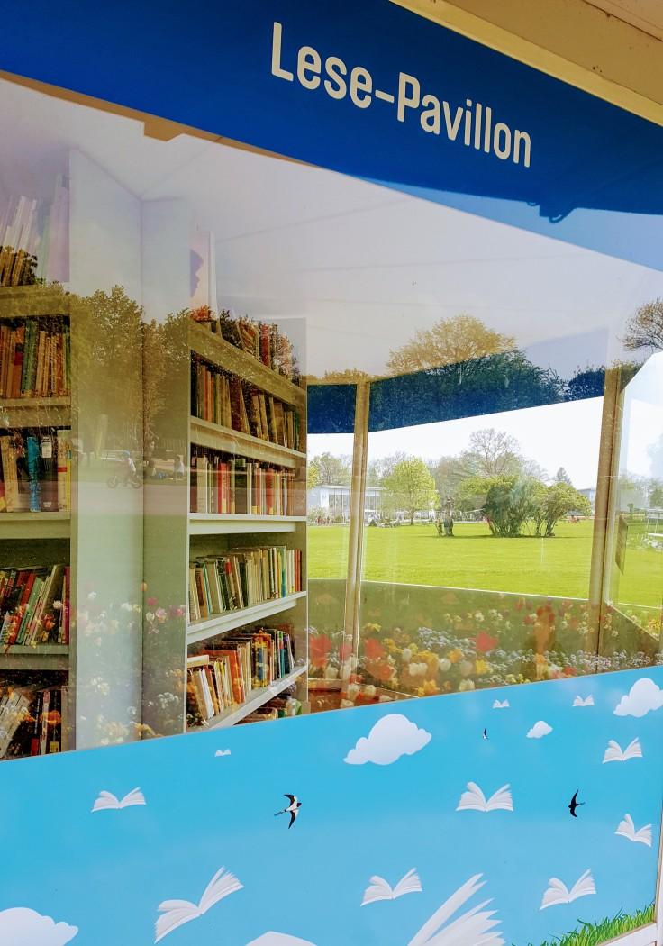 Lese-Pavillon im egapark in Erfurt